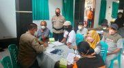 Vaksinasi yang dilaksanakan di Balai Desa Butuh dihadiri 1.173 orang dan disuntik vaksin dosis 1 sebanyak 6 orang, dan suntik vaksin dosis 2 sebanyak 1.160 orang. (Foto:humas/beritamagelang)