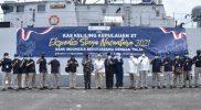Keberangkatan KRI Singa-651 menuju pulau-pulau terpencil, terluar, dan terdepan di provinsi Jawa Timur dan Bali ditandai dengan dilepasnya secara simbolis tali penambat kapal oleh Pangkoarmada II, Indah Kurnia, dan Budi Hanoto.(Foto:MC Diskominfo Prov Jatim)