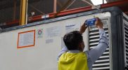 Ilustrasi bantuan vaksin yang tiba di Bandara Soekarno Hatta. (Foto: Amiriyandi InfoPublik)
