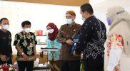 Kepala Dinas Perikanan dan Kelautan Provinsi Jawa Tengah, Fendiawan Tiskiantoro menuturkan, pelatihan tersebut sebagai upaya meningkatkan kualitas pelaku usaha yang berada di sekitar proyek pembangunan Tol Semarang-Demak. (Foto: Diskominfo Jateng)