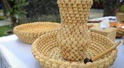 Salah satu produk kerajinan berbahan bonggol jagung karya Ranu yang punya nilai jual tinggi. (Foto: Diskominfo Jateng)