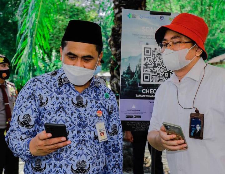 Wakil Gubernur Jawa Tengah Taj Yasin saat mengikuti simulasi ujicoba pembukaan destinasi Taman Wisata Candi Borobudur di Magelang, Jumat (17/9/2021). (Foto:Instagram @media_twc)
