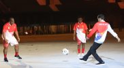 Jokowi juga melakukan seremoni menendang bola, menandai dibukanya PON XX Papua. (Foto: PB PON XX Papua)