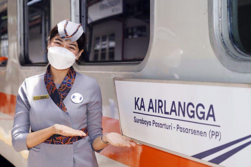 PT Kereta Api Indonesia/KAI (Persero) meluncurkan Kereta Api baru KA Airlangga jurusan Pasar Senen - Surabaya Pasar Turi pergi-pulang. (Foto: PT KAI)