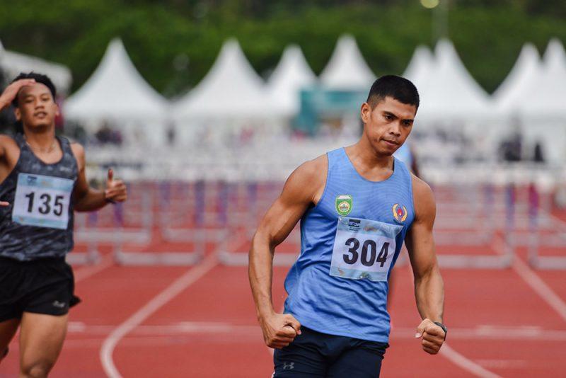 Atlet asal Sumatera Selatan, Rio Maholtra yang memecahkan rekor lari gawang 110 meter putra di PON XX Papua. (Foto:PB PON XX Papua/Rommy Pujianto)