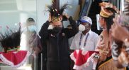 Menteri Pemuda dan Olahraga (Menpora), Zainudin Amali tiba di Bandara Sentani, Kabupaten Jayapura, Papua, Kamis (30/9/2021) pagi. (Foto:Biro Humas Kemenpora)