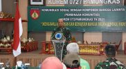 Danrem 072/Pamungkas dalam gelar Komsos dengan komunitas becak Yogyakarta. (Foto: Penrem 072PMK)