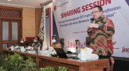 """Rhenald Kasali dalam sharing session """"Strategi Pembangunan DIY Melalui Pemanfaatan Teknologi Informasi Berbasis Kearifan Lokal"""" yang diselenggarakan Pemprov DIY. (Foto: Humas Pemda DIY)"""