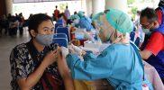 Kegiatan vaksinasi yang masih terus dilakukan di sejumlah tempat di Sleman untuk mempercepat tebentuknya herd imunity. (Foto: Humas Sleman)