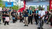 Menteri Parekraf Sandiaga Uno mengunjungi Desa Wisata Tinalah Purwoharjo, Samigaluh, Kabupaten Kulon Progo yang masuk 50 besar desa wisata terbaik dalam ajang Anugerah Desa Wisata Indonesia (ADWI) 2021. (Foto: MC Kab.Kulon Progo)