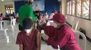 Vaksinasi Belarasa Covid-19 yang digelar Gereja St Yohanes Rasul Pringwulung. (Foto: Agoes Jumianto)